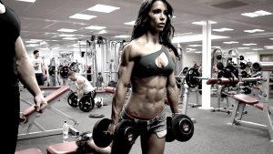 entrenamiento de gimnasio para construir grandes tríceps